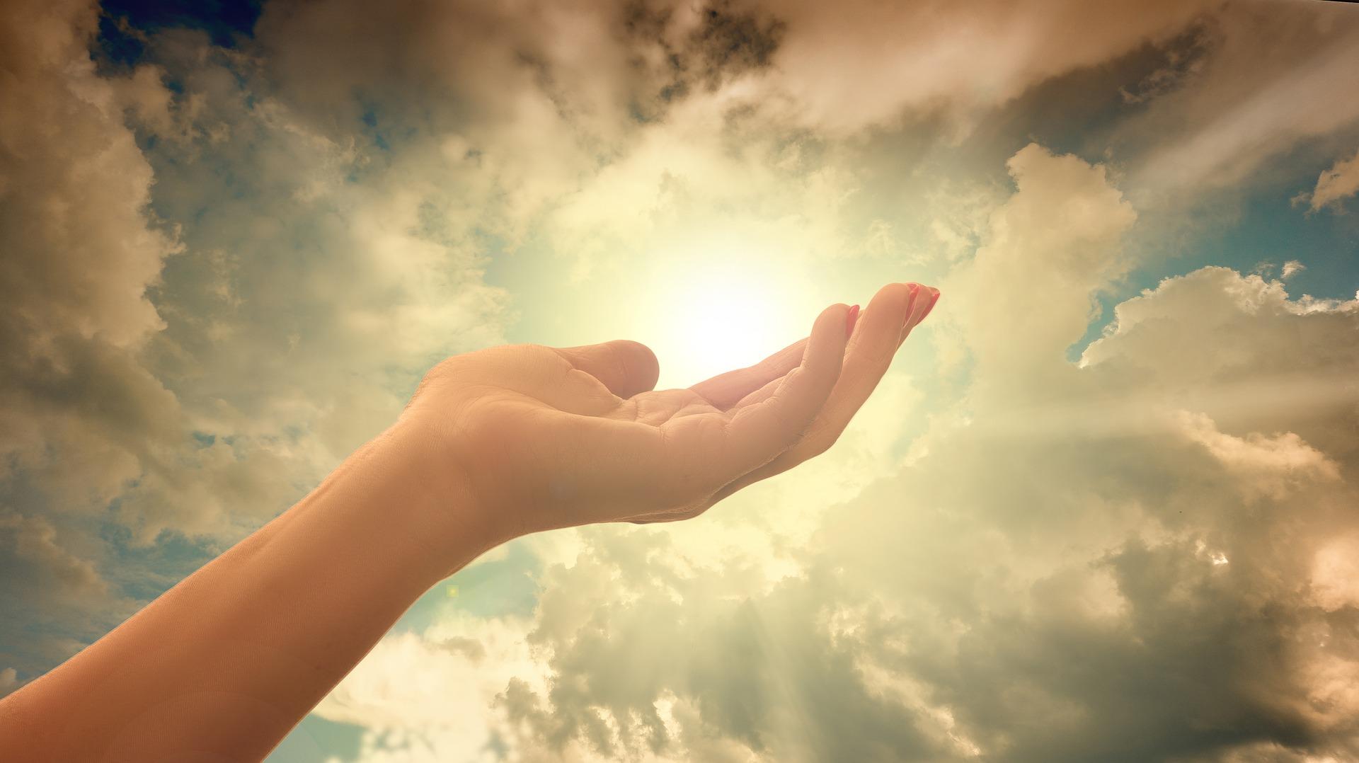 Warum die Spiritualität eine wichtige Rolle im Kampf gegen die Essstörung spielt, erfahrt ihr in diesem Beitrag.