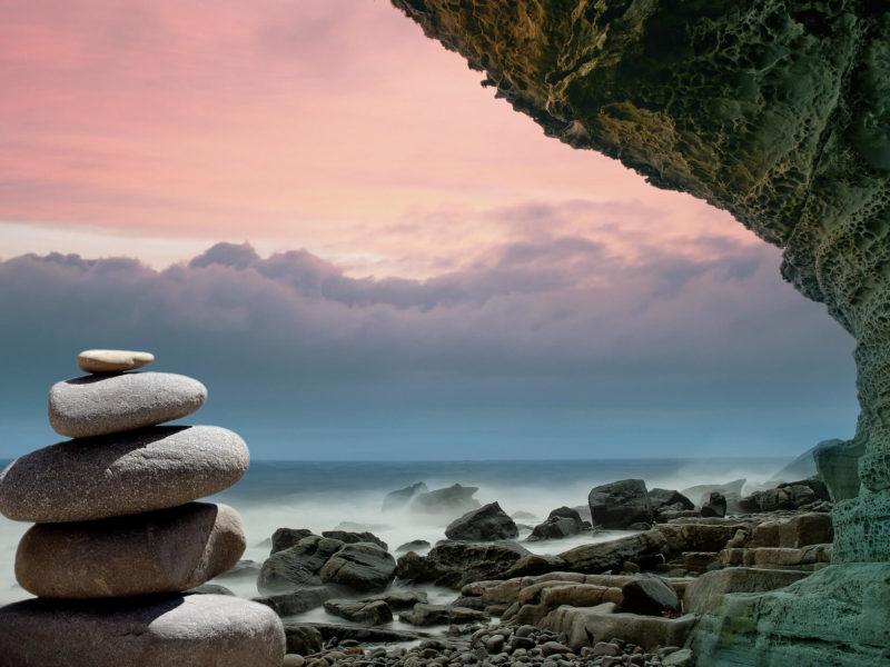 Ängste und Panikattacken stellen eine extreme Belastung für Betroffene dar. Unsere Tipps gegen Angstzustände findet ihr in diesem Artikel.